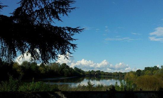 Chateau de Courtebotte: Serene Dordogne