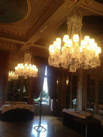 InterContinental Bordeaux Le Grand Hotel: One of the ballrooms seen on our tour throug the hotel