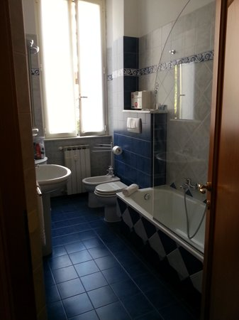 Loggetta di Trastevere: Bathroom