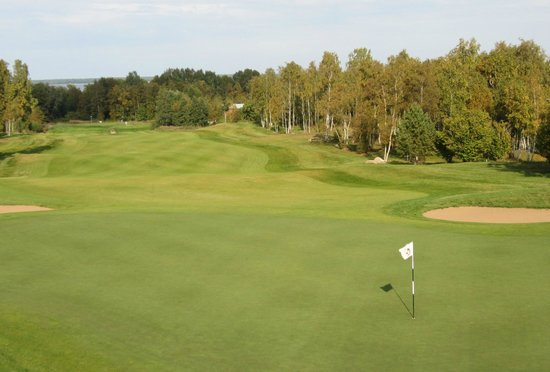 Manniva, Estonia: 9th looking back down fairway