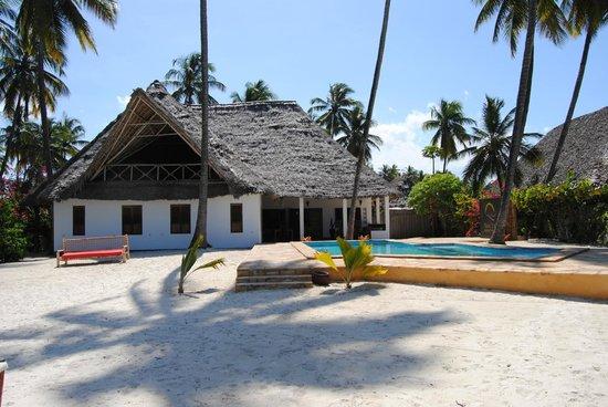 Raha Lodge Comfort Beach Villa: raha lodge