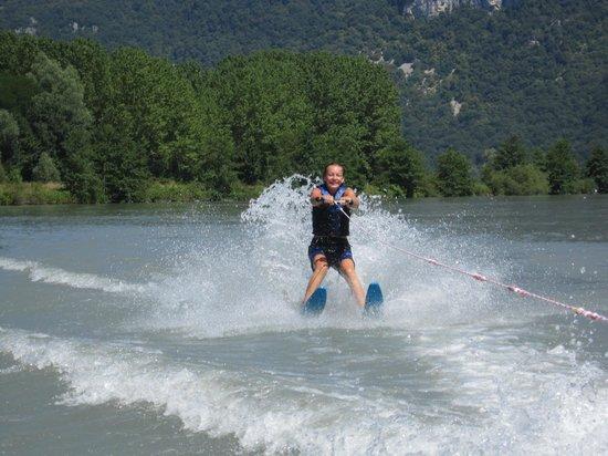 Camping Ile De La Comtesse : ski nautique