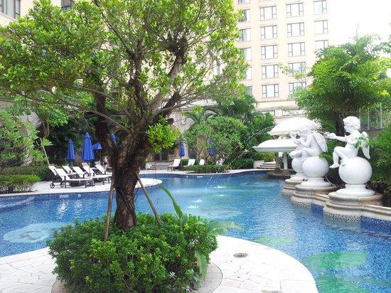 Sofitel Macau At Ponte 16: la piscine