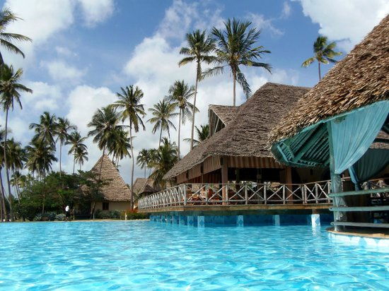 Neptune Pwani Beach Resort & Spa : Pool
