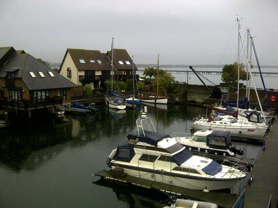 Boathouse Hotel: Nice marina view