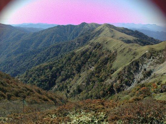Nishikuma Valley : 山嶺