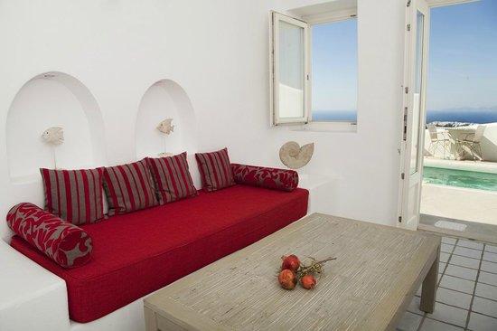 White Santorini: Junior Suite