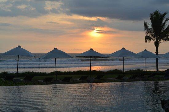 Soori Bali: Sunset