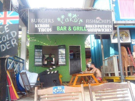 Koko's Beach Grill : Пляжная гамбургерная