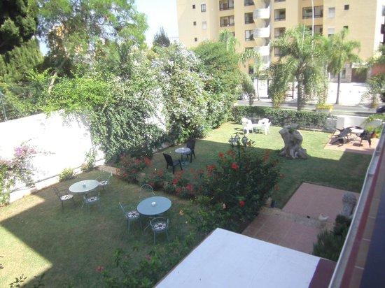 Hotel Carmen Teresa: Garden