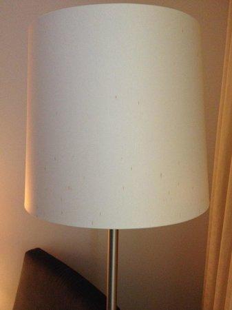 โรงแรมฮิลตัน โคเปนเฮเกน แอร์พอร์ท: Lampe de la chambre,