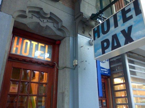 Hotel Pax: Entrance Door