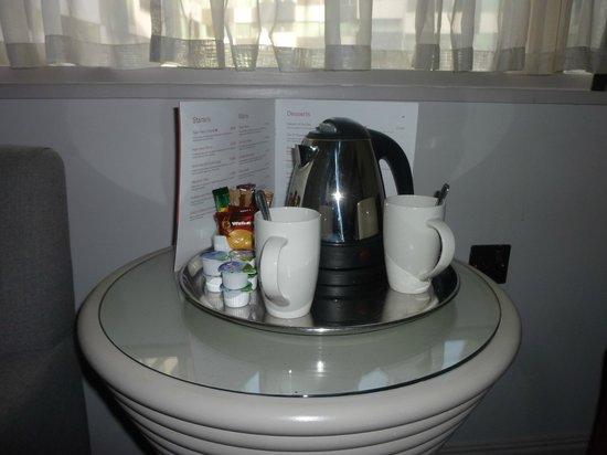 Mercure Liverpool Atlantic Tower Hotel: Tetera 2