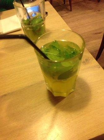 Le Temps des Tartines: home made mint lemonade