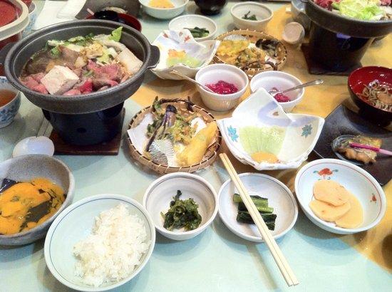 Otari-mura, Japonya: 5月滞在した際の夕食