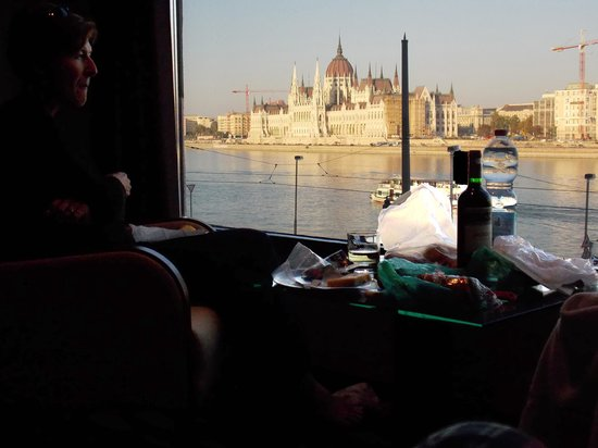 Boutique Hotel Victoria Budapest : Sundowners in room