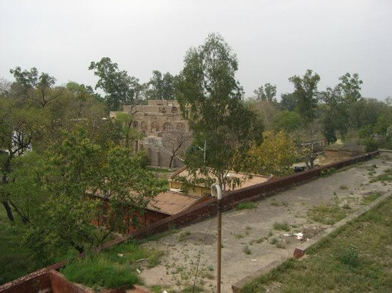 Gobindgarh Fort : Restoration work in progress