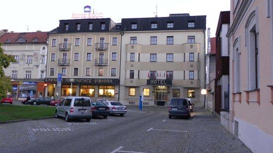 Hotel Grand : Hotel