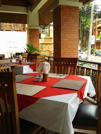 Sun Hill Hotel : restaurant