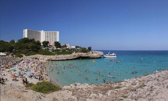 Hotel Globales America: Пляж