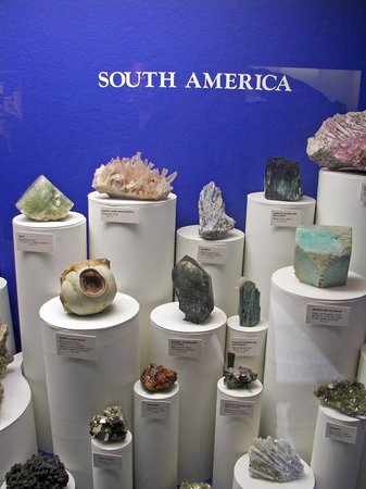 Morris Museum : Rocks and Minerals