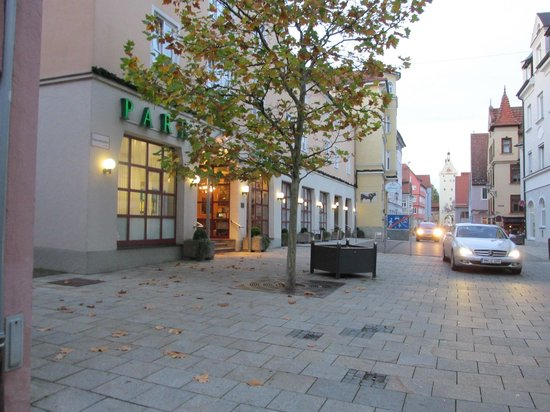Drexel´s Parkhotel: Early Evening Return to Parkhotel