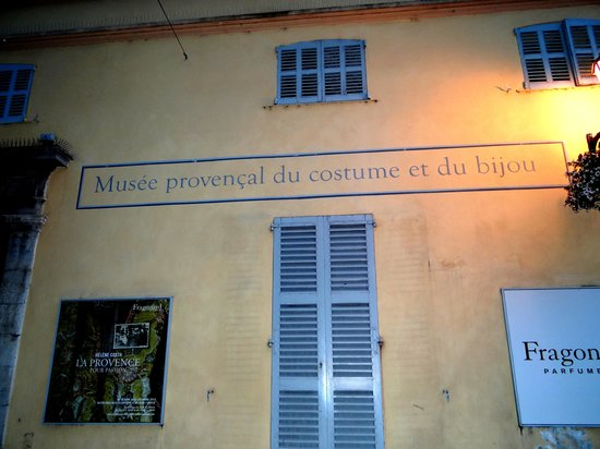 Musée du Bijou et du Costume Provençal