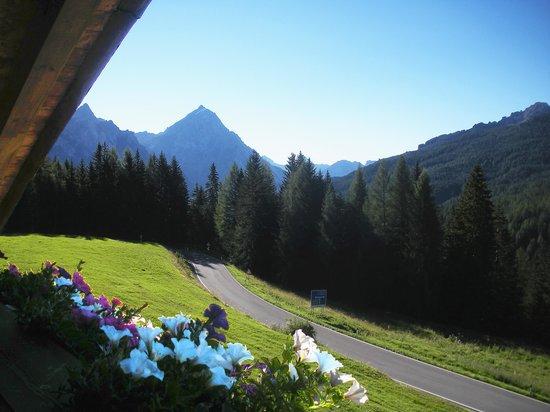 Hotel Piccolo Pocol: Morning view from room balcony towards left