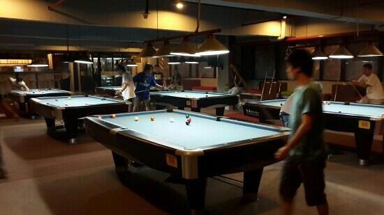 Redball taman palem: redball play area
