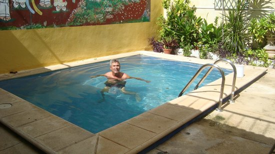 62 St. Guest House : A refreshing dip really made the day