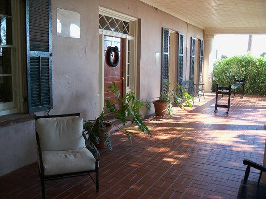 Edmondston-Alston House: Side veranda entrance with mourning wreath