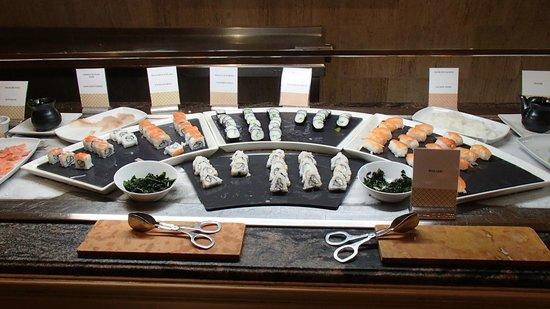 Excellence Riviera Cancun: Sushiwahl beim Mittagsbuffet