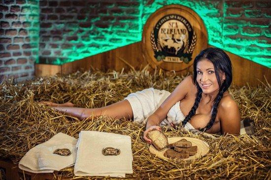 Pivni lazne spa beer land beer spa prague picture of for Prague bathhouse