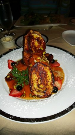 Krazy Kat's at The Inn at Montchanin Village: Cinnamon swirl french toast