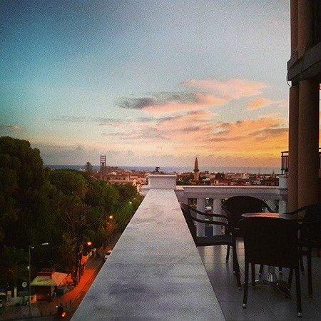 Jo-An Palace Hotel: на рассвете