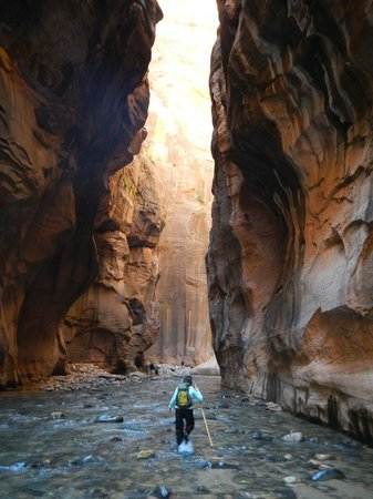 The Narrows: Approaching Wall Street