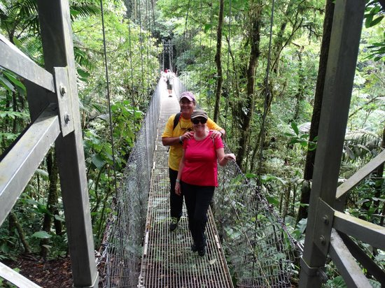 Costa Rica Wonderland Tours: Hanging bridges tour