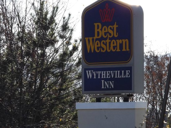 Best Western Wytheville Inn : Hotel Sign