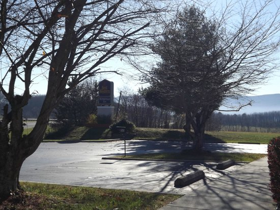 Best Western Wytheville Inn : Mountain View