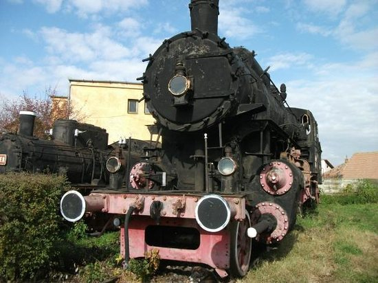 Museum of Steam Locomotives: Same one from front