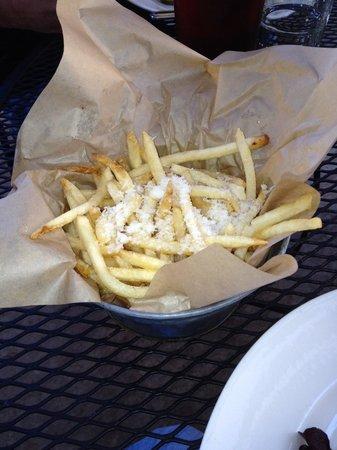 Healdsburg Bar & Grill: Truffle Fry Heaven