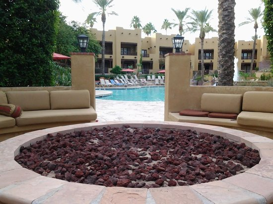 The Wigwam: Oasis pool fire pit