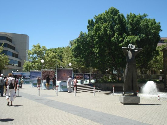 Art Gallery of Western Australia: Art Gallery Perth