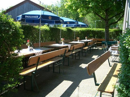 Gasthaus Zum Goldenen Tal: Biergarten