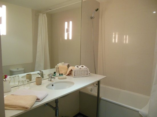 6Only Guest House : bagno camera n.4
