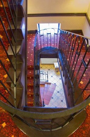 Usadba Hotel: Лестница