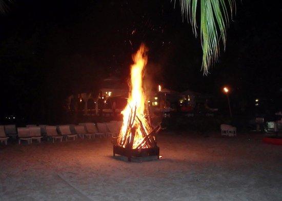 Couples Negril : Bonfire on the beach