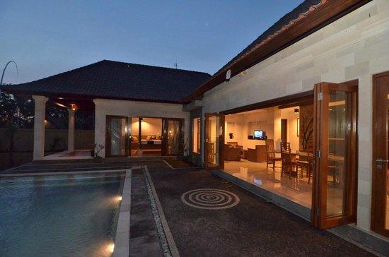 Villa Agung Khalia : Villa Maia pool