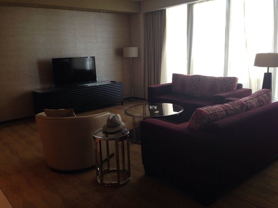 Al Ghurair Living Managed by AccorHotels: Lounge area