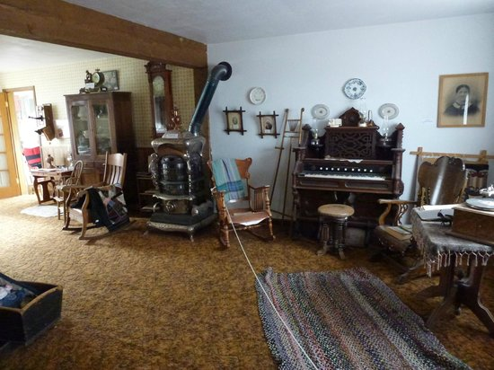 Gunnison Pioneer Museum: Inside the Gray House